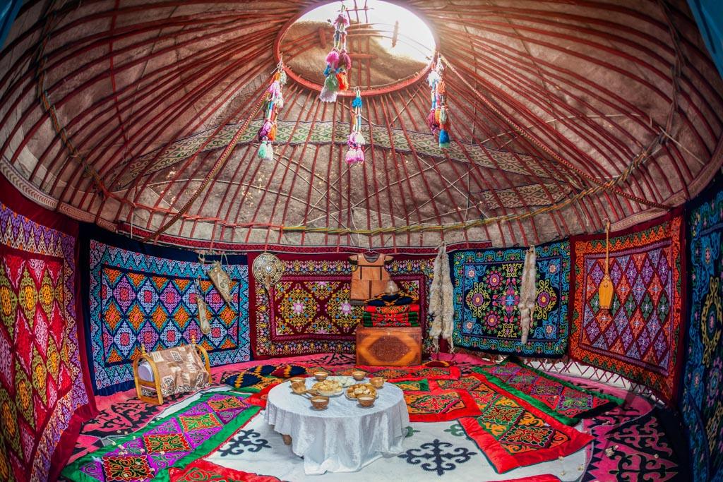 Kyrgyz Kazakh yurt inside